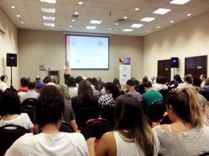 Apresentação de Patrícia Fecci, Gerente de Marketing da Sherwin-Williams e Diretora do Color Marketing Group para América Latina